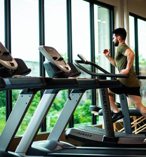 Brainlight-in-Fitnessstudios-und-für-Sport---Sylvester-Konzepte